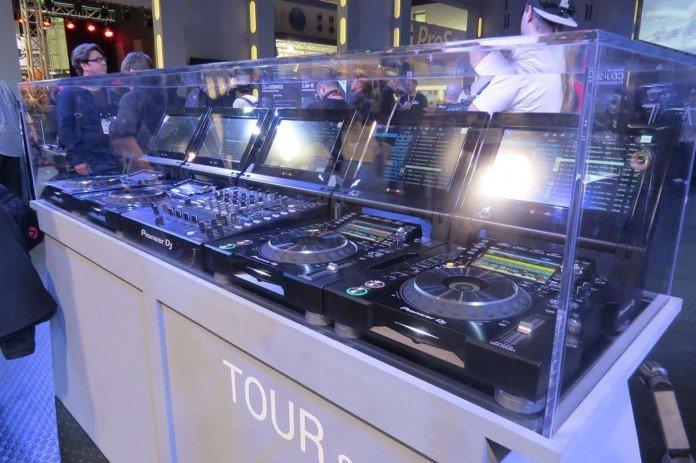Pioneer DJ ürünleri müziğin kaderini birkez daha belirledi !